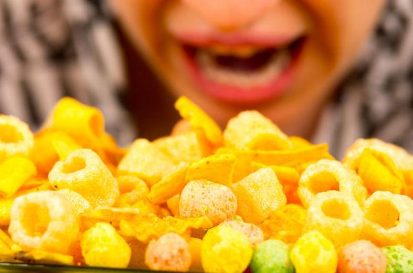 总想吃垃圾食品,可能是太无聊了