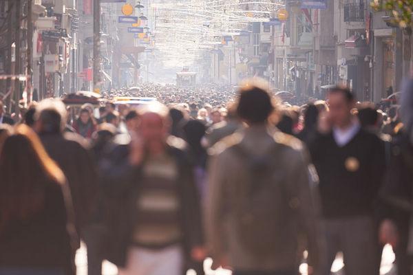 人群中,我們為什麼就會看到特定的人?