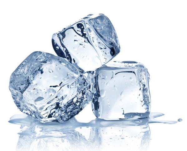 超離子導體水:既呈固態,也呈液態