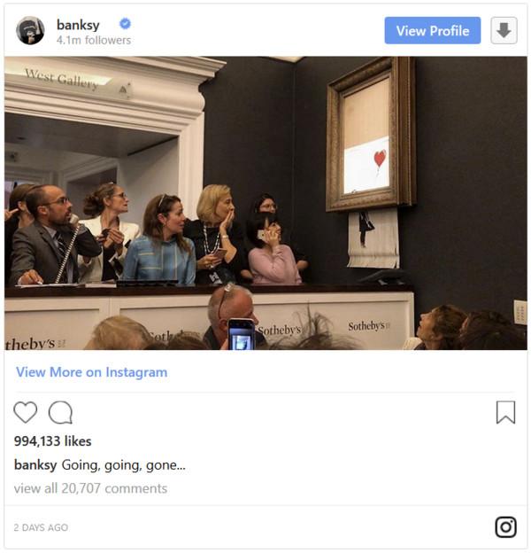 """Banksy作品被拍出140万美元之后""""自毁"""""""