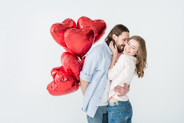 无用技能:与恋人抱抱的好处与姿势