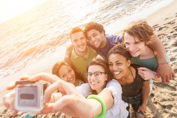 漸漸老去時,友情可能比親情更重要